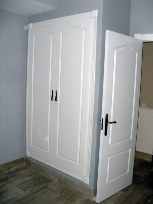 Armarios cl sicos lacados en blanco armarios a medida en - Armarios lacados en blanco ...