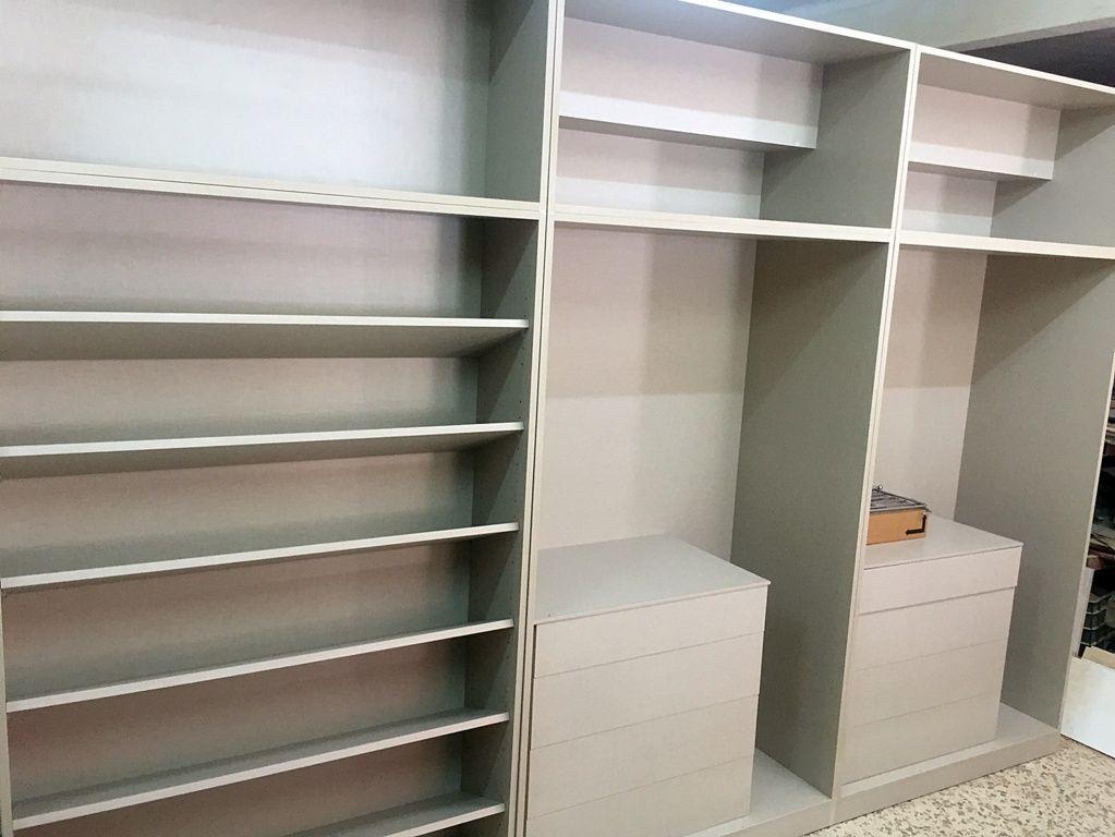 Interior armarios empotrados stunning tenemos with - Cajoneras interior armario ...