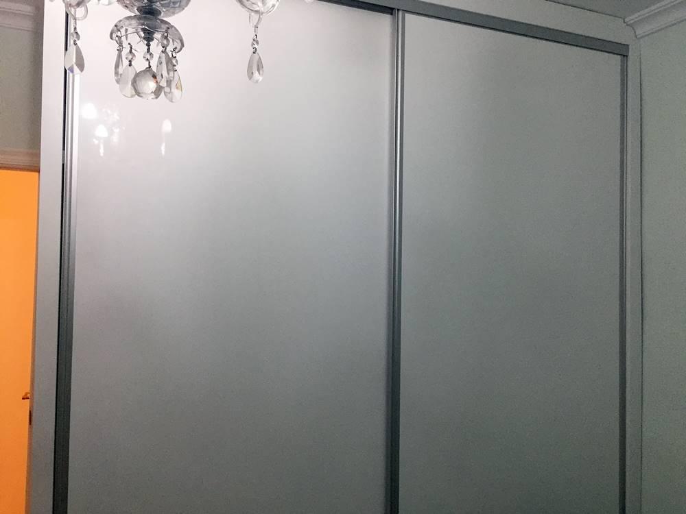 armario-puertas-alto-brilo-1