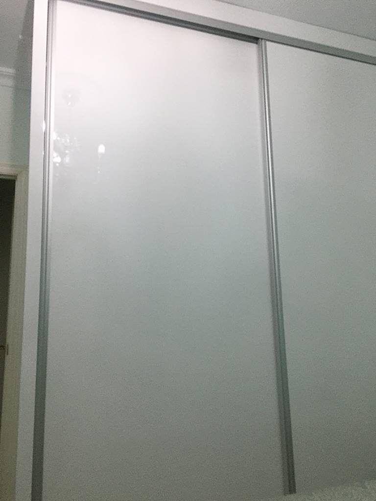 armario-puertas-alto-brilo-3