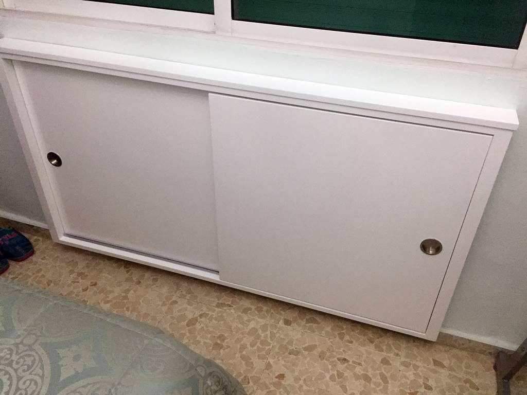 Armario con puertas correderas en alto brillo mueblesmcaso for Mueble zapatero exterior
