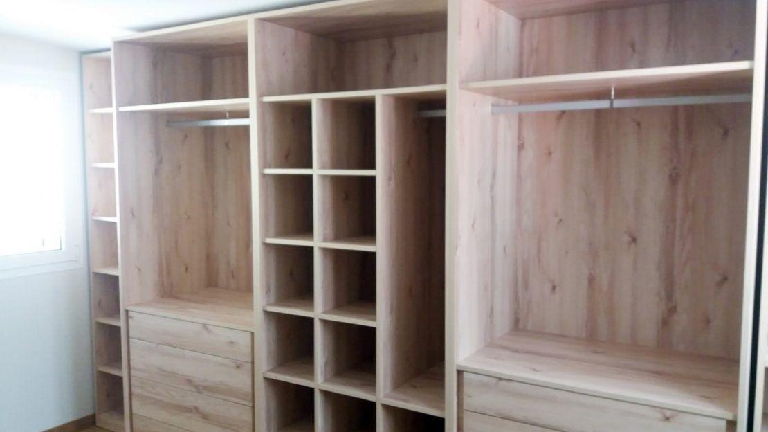 Interior armario a medida (2)