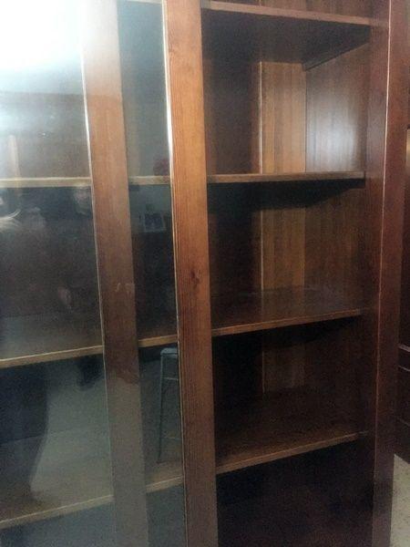 Muebles a Medida - Libreria con Puertas Correderas
