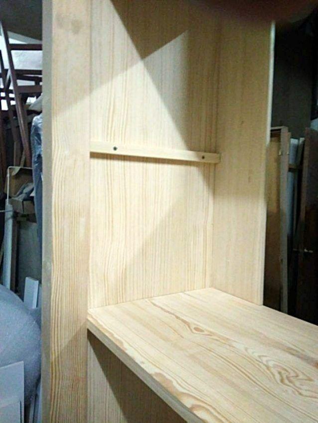 Muebles a medida librer a madera con puertas correderas for Muebles madera a medida